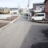 石坂・高林分譲地:南側より接続道路